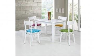 Renkli Mutfak Masası